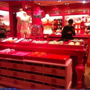 iç giyim mağazası 3