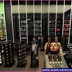 iş yeri kozmetik mağazası