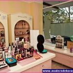 kozmetik mağaza dekor
