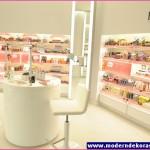 kozmetik mağazası 70
