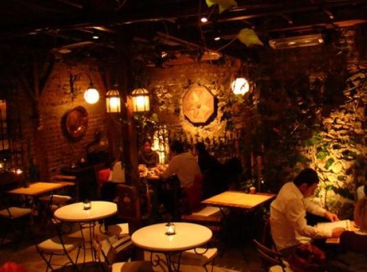 otantik-cafe-dekorasyonu